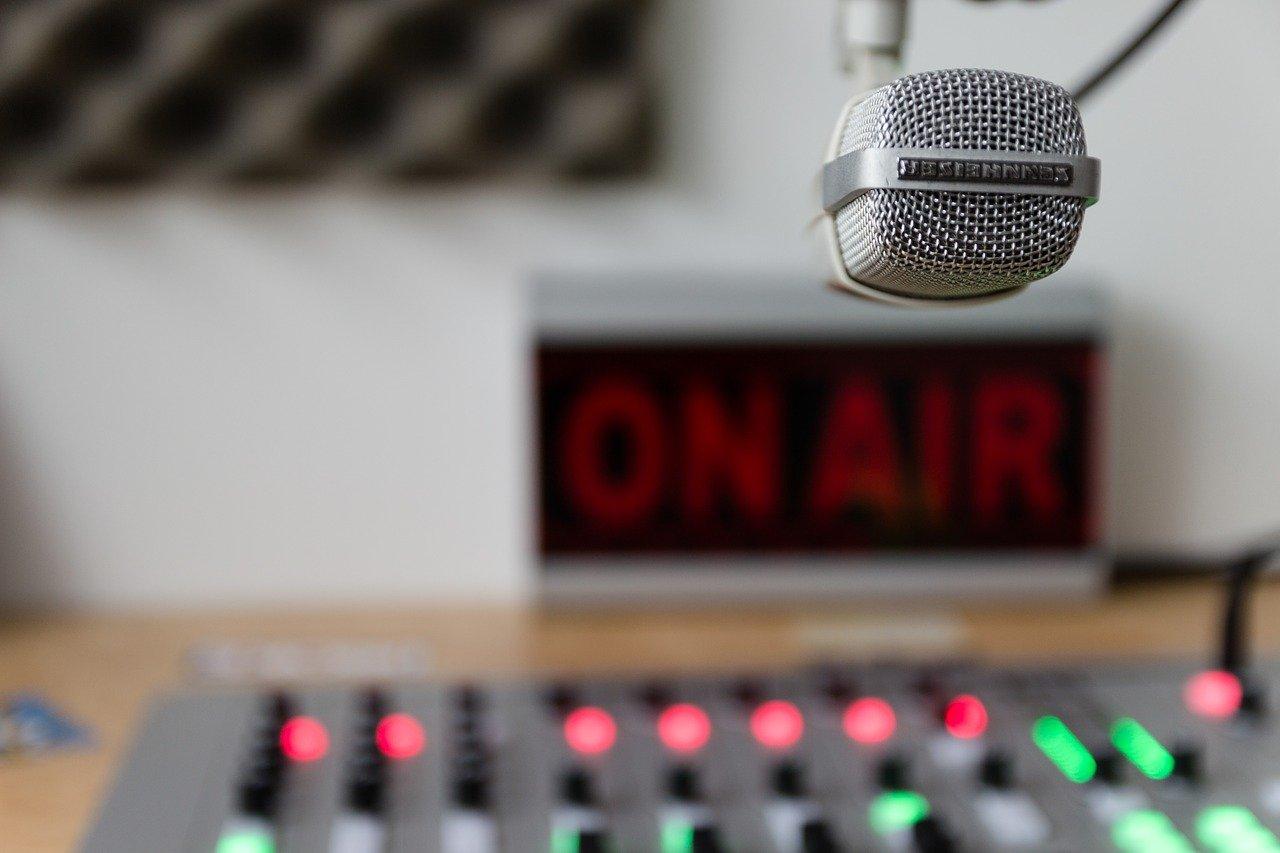 TBSラジオ「幸せへのメッセージ」の時間帯が日曜6:45〜に変更になりました