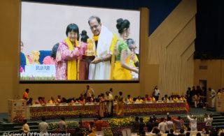 インドで平和賞を創設、日印友好の架け橋に